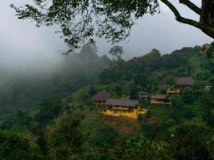Maesalong Mountain Home
