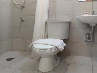 Escario Central Hotel קבו - חדר אמבטיה