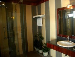 Hoi An Garden Villas Hoi An - Family Suite Bathroom