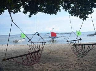 Bitaug Beach Resort Panglao Island - חוף ים