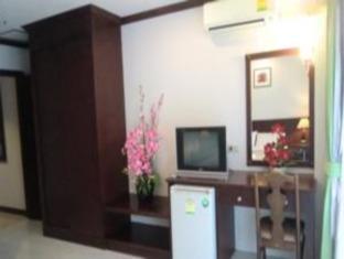 at cozy kata phuket