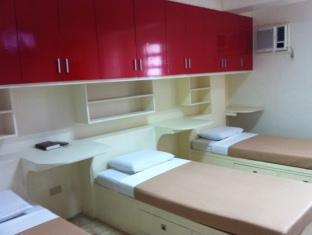 picture 3 of P Hostels & Residences