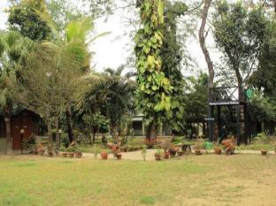 Unique Wild Resort Chitwan - Exterior