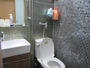 Jinhai Hotel Hong Kong - Kamar Mandi