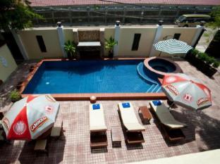 Splash Inn Phnom Penh - Swimming Pool