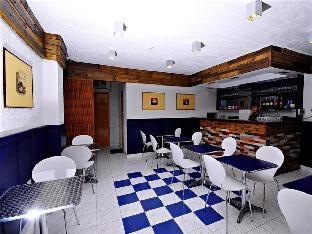 picture 4 of Miami Inn