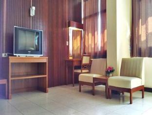 Tapee Hotel Surat Thani - Gästrum