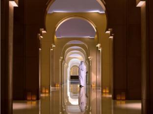 Anantara Eastern Mangroves Hotel & Spa Abu Dhabi - Hotel Corridor