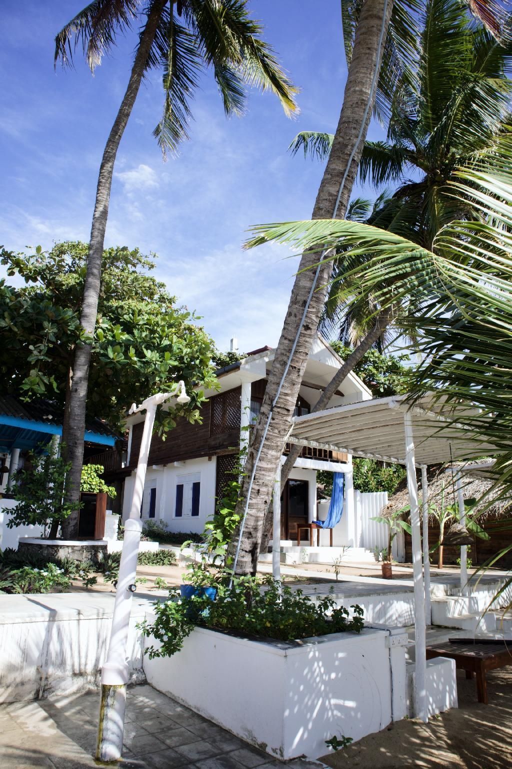 Water Edge Resort