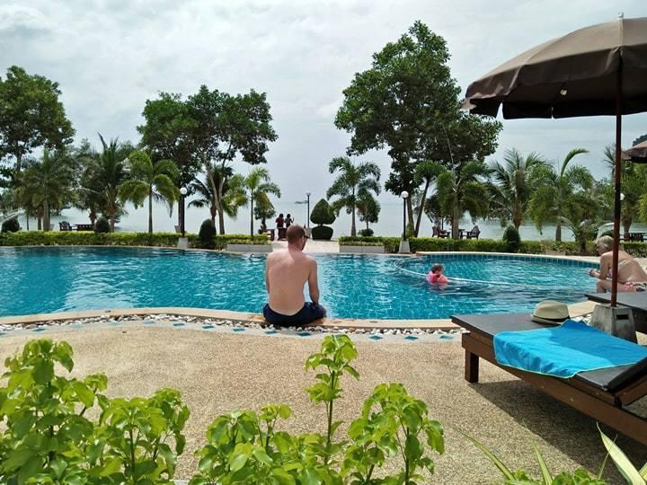 Diamond Beach Resort ไดมอนด์ บีช รีสอร์ต