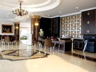 LK Grand Living Place Pattaya - Lobby