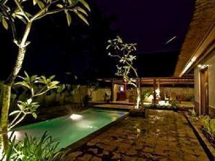 Rumah Teras Private Pool Villas