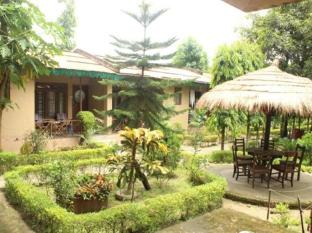 Eden Jungle Resort Chitwan - Hotel Exterior