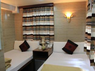 New Tokyo Hostel Hong Kong - Family Room & Triple Bed