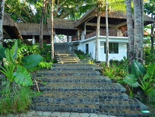 Amun Ini Beach Resort & Spa Anda - Stairway to the Garden