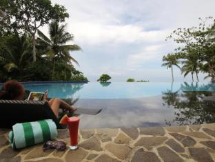 Amun Ini Beach Resort & Spa Anda - Infinity pool