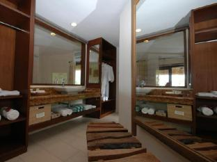Amun Ini Beach Resort & Spa Anda - Bathroom