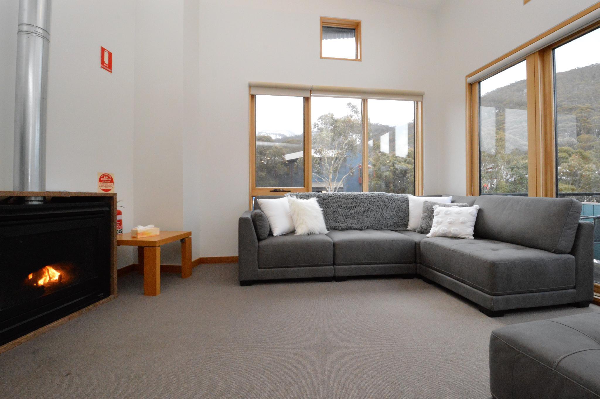 Akuna 3   Premier Apartment