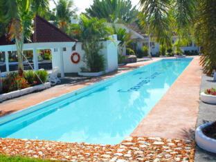 Grande Sunset Resort Остров Панглао - Бассейн