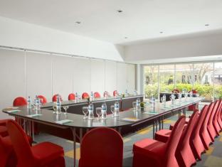 Ibis Styles Bali Benoa Hotel Bali - ibis Styles Bali Benoa - Meeting Room - U Style