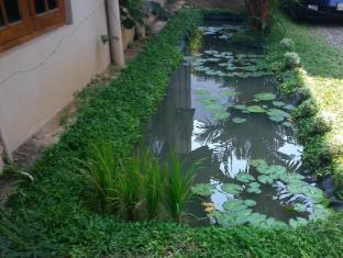 The Saffron Colombo - Garden Front