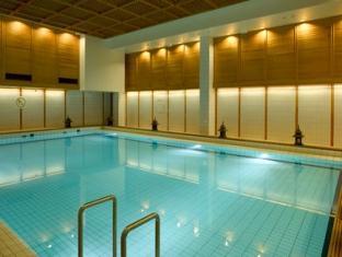 Crowne Plaza Helsinki Hotel Helsinki - Swimming Pool