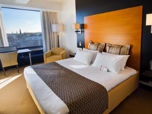 Crowne Plaza Helsinki Hotel Helsinki - Club Room