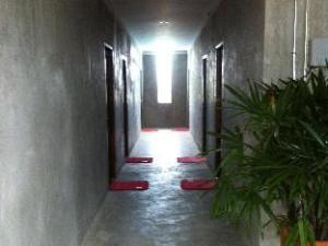 Fabb Hotel
