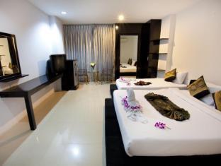 Lars-Lita Residence Phuket - Lars Lita family room