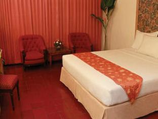 Pardede International Hotel Medan - Bilik Tetamu