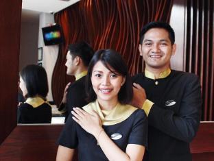 Midtown Hotel Surabaya - Reception