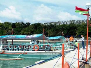 Paradise Island Park & Beach Resort Davao City - vhod