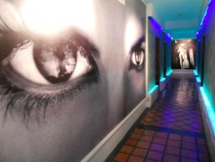 Strand Inn Hotel Bangkok - Interior