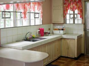 Chateau Veronica Apartelle Davao City - Kitchen