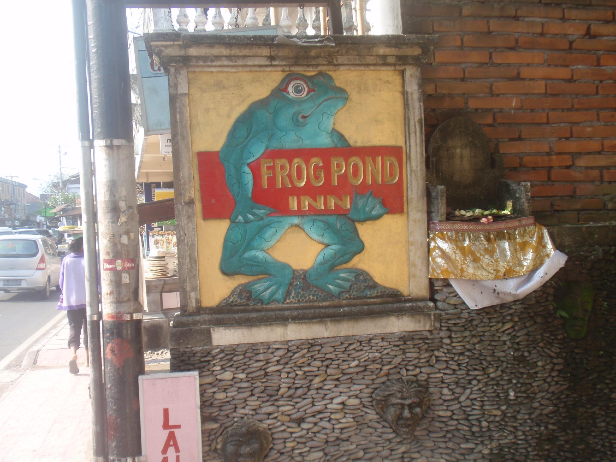 Frogg Pond Inn