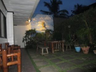 Cebu Residencia Lourdes Mactan øy - Hage