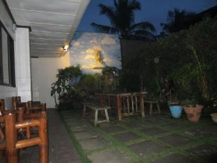 Cebu Residencia Lourdes Mactan Island - حديقة