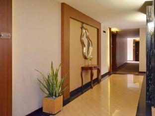 The Axana Hotel Padang - Interior