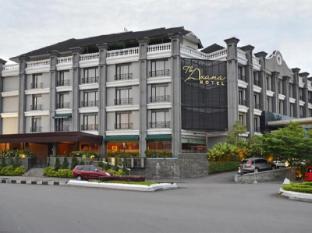 The Axana Hotel Padang - Exterior