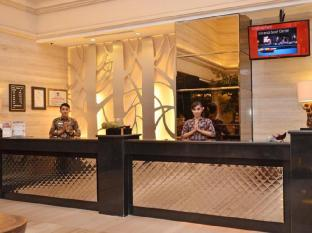 The Axana Hotel Padang - Reception