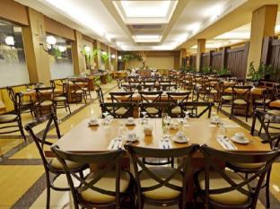 The Axana Hotel Padang - Restaurant