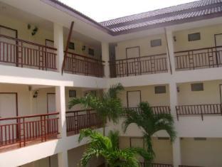 Lanna Lotus Apartment