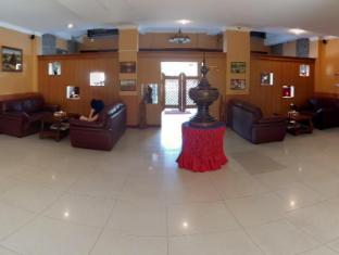 Hotel 63 Rangun - Foyer