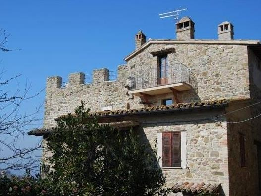 Castello Di Cisterna