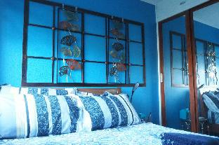picture 3 of Blue Apartment