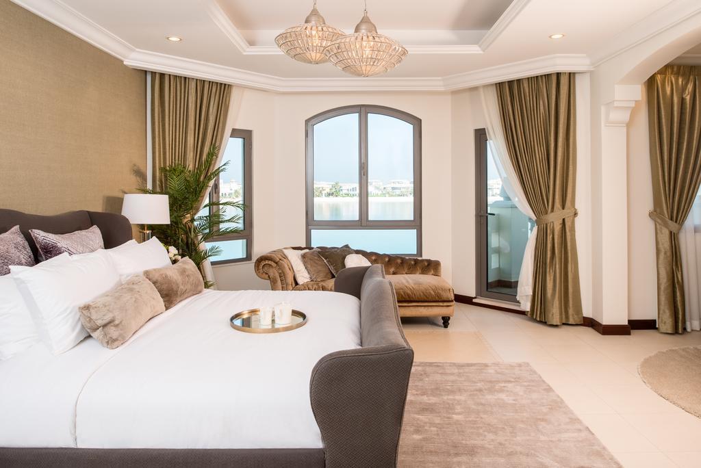 Beautiful 4 Bedroom Villa In Palm Jumeirah