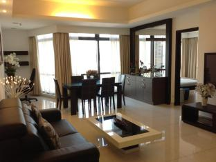Times Service Suites at Times Square Kuala Lumpur - 2 Room Family Suite ( Living Area )