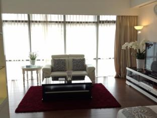 Times Service Suites at Times Square Kuala Lumpur - Signature Suite Living Area