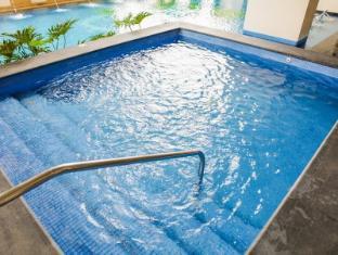 The Exchange Regency Residence Hotel Manila - Kid's Pool