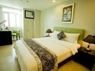 The Exchange Regency Residence Hotel Manila - Deluxe Queen